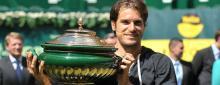 Haas sorprende a Federer